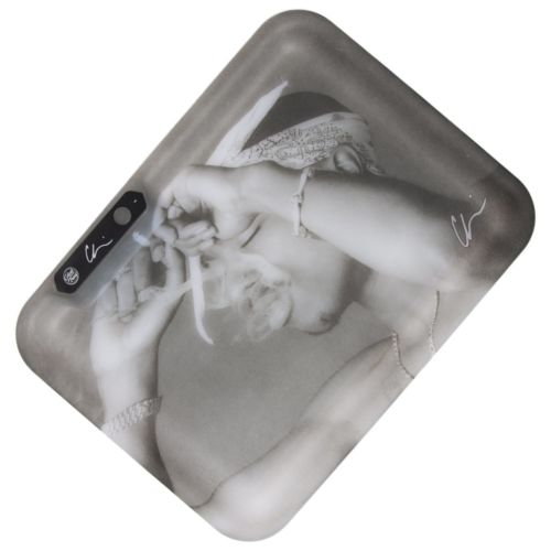 California Love Tupac - The Golden Age Of Hip Hop Glow Tray Collection